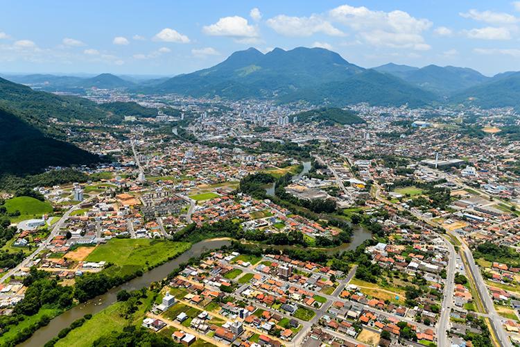 Foto: http://www.revistaapolice.com.br/2016/06/sulamerica-amplia-atuacao-em-jaragua-do-sul/